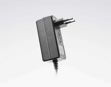 NATIVE INSTRUMENTS Power Supply (40 W)